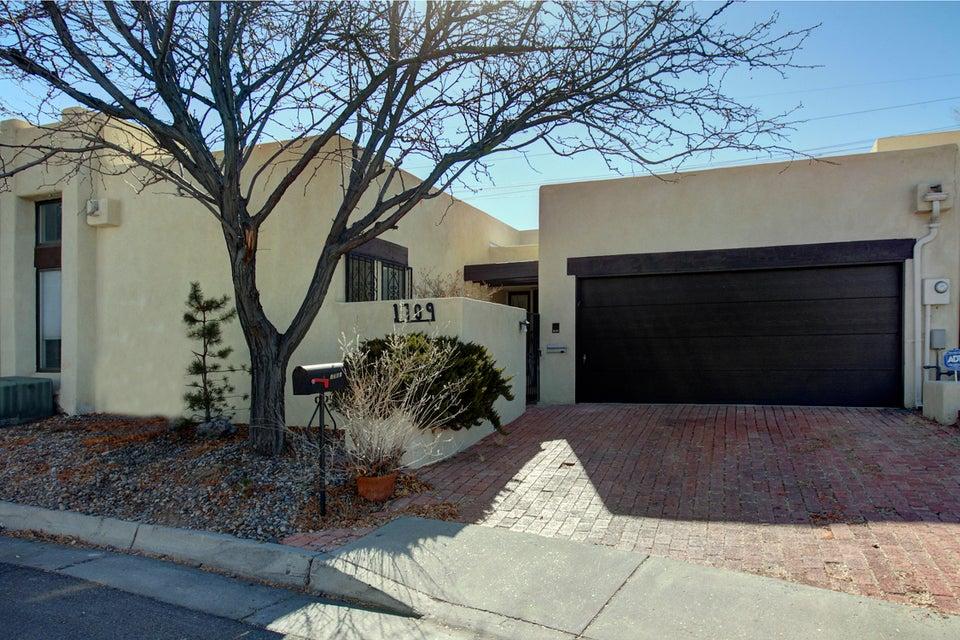 1709 Miracerros,Albuquerque,New Mexico,United States 87106,2 Bedrooms Bedrooms,2 BathroomsBathrooms,Residential,Miracerros,910433