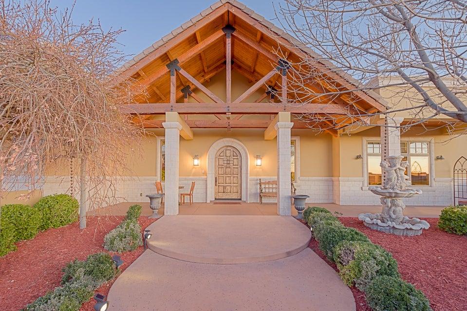 1650 NE Nez Perce Loop, Rio Rancho, New Mexico