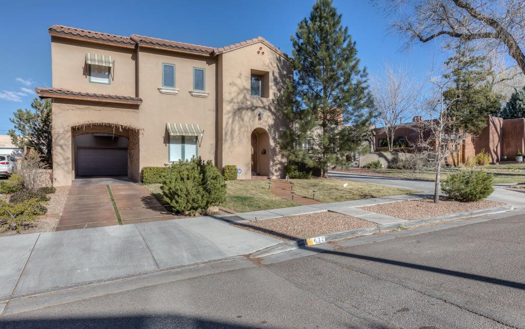 637 Cedar,Albuquerque,New Mexico,United States 87106,3 Bedrooms Bedrooms,3 BathroomsBathrooms,Residential,Cedar,913513
