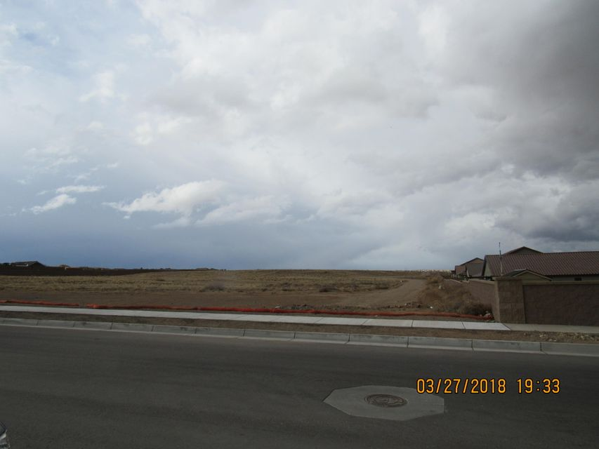 Vista Vieja (Gila Rd T22,U6) Avenue NW, one of homes for sale in Northwest Albuquerque and Northwest Heights
