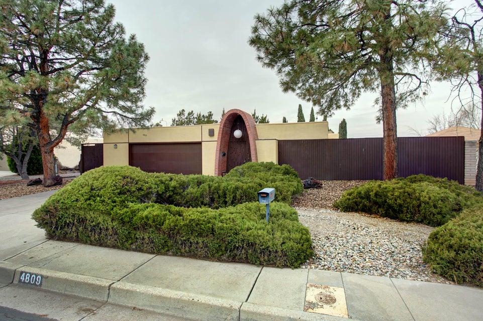4809 Todd,Albuquerque,New Mexico,United States 87109,3 Bedrooms Bedrooms,2 BathroomsBathrooms,Residential,Todd,914922