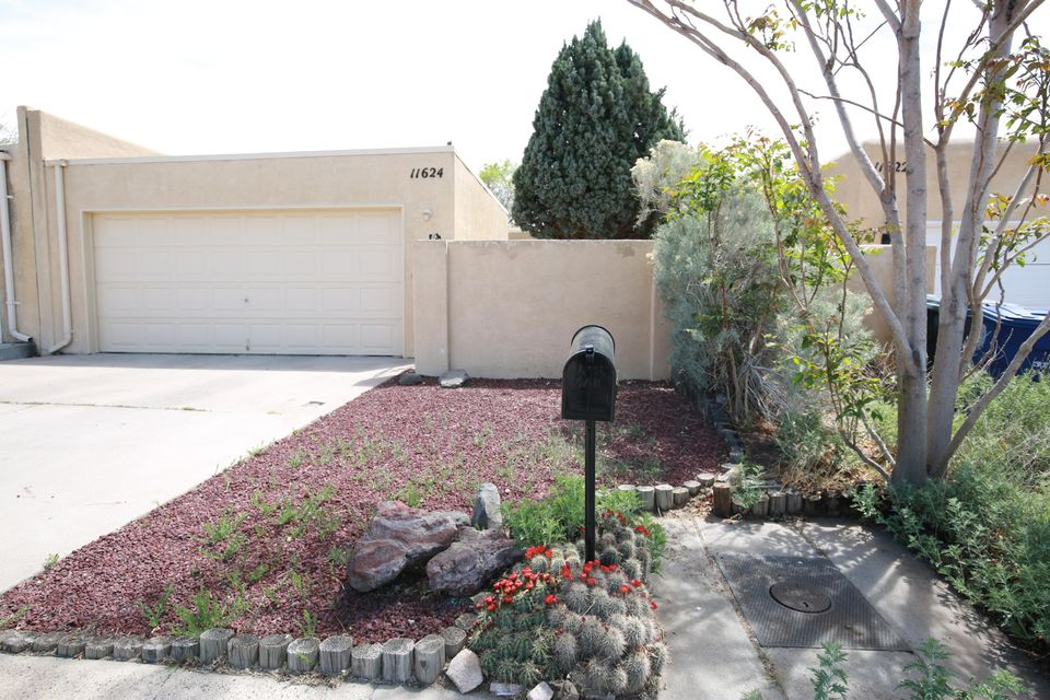 11624 NE Candelaria Road, Albuquerque Northeast Heights, New Mexico