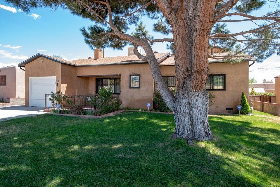 5904 Arvilla,Albuquerque,New Mexico,United States 87110,4 Bedrooms Bedrooms,2 BathroomsBathrooms,Residential,Arvilla,908849