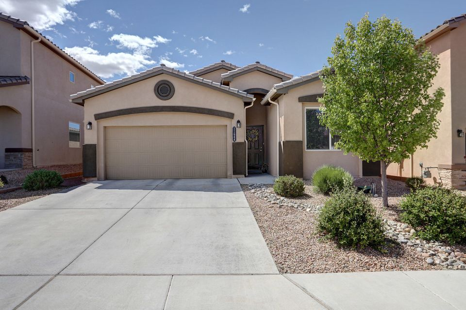 11644 Thistledown,Albuquerque,New Mexico,United States 87123,4 Bedrooms Bedrooms,2 BathroomsBathrooms,Residential,Thistledown,918556