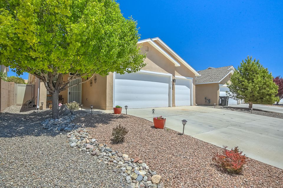 2115 SE Coba Road, Rio Rancho, New Mexico