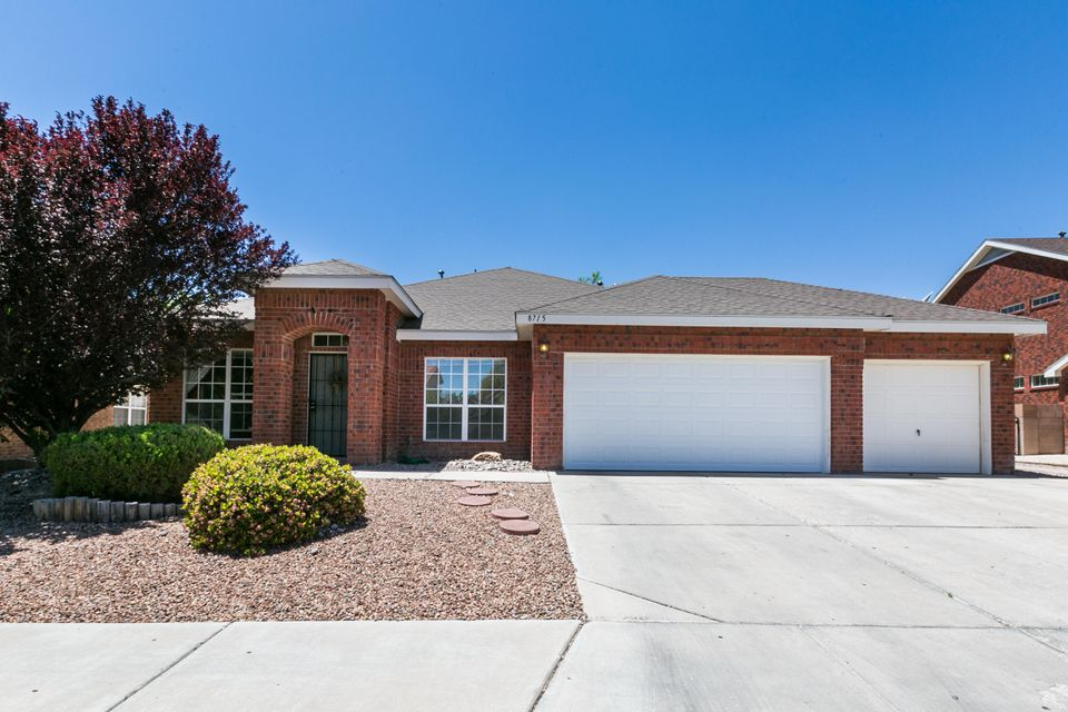 Northwest Albuquerque and Northwest Heights Homes for Sale -  Single Story,  8715 NW Springhill Drive