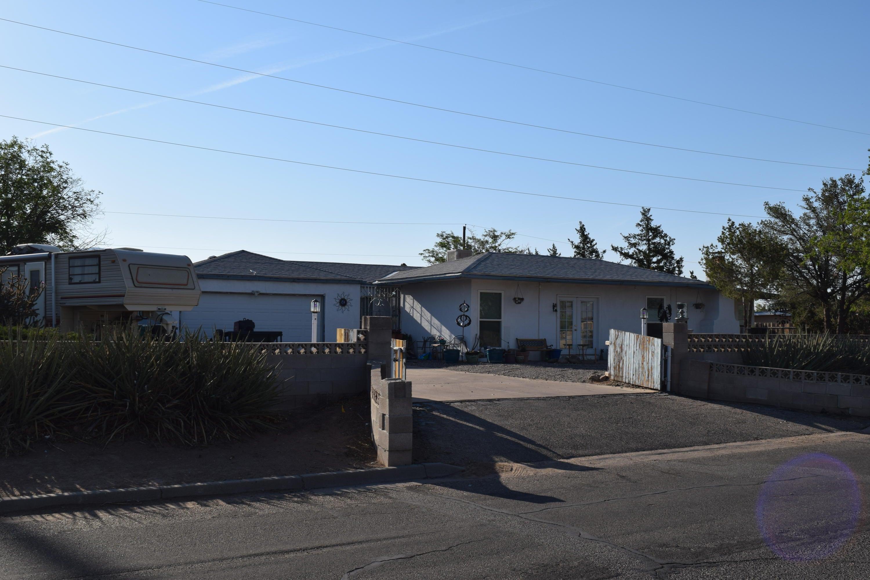 1000 SE 39Th Street, Rio Rancho, New Mexico