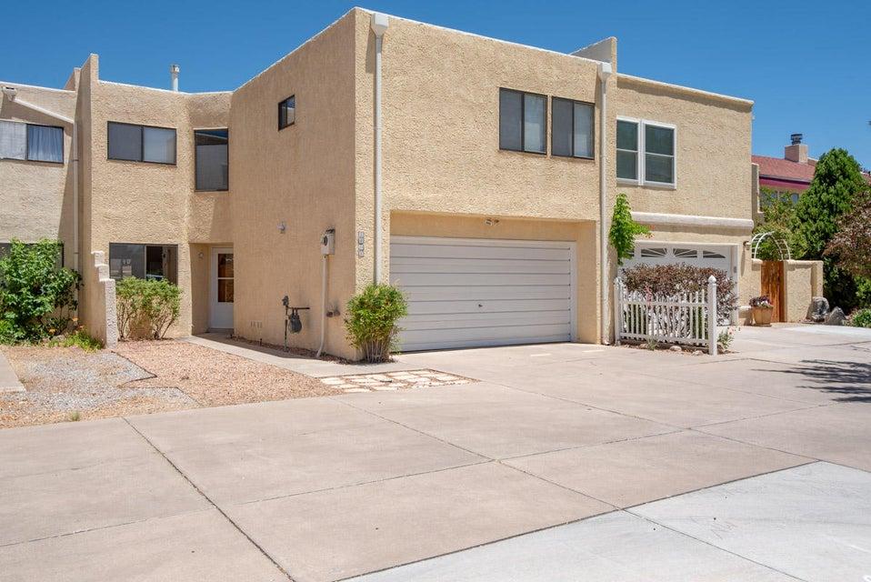 5408 Overlook,Albuquerque,New Mexico,United States 87111,3 Bedrooms Bedrooms,3 BathroomsBathrooms,Residential,Overlook,921604