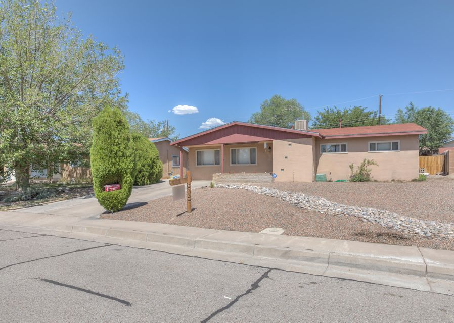 1704 Dorothy,Albuquerque,New Mexico,United States 87112,3 Bedrooms Bedrooms,2 BathroomsBathrooms,Residential,Dorothy,921997