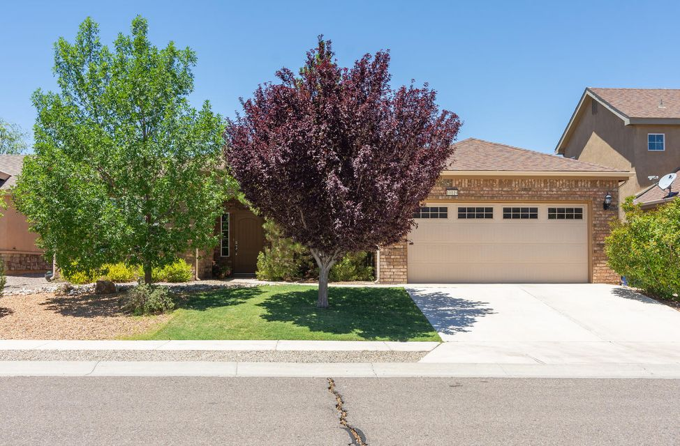 Northwest Albuquerque and Northwest Heights Homes for Sale -  Single Story,  10119 NW Avenida Vista Sol Avenue