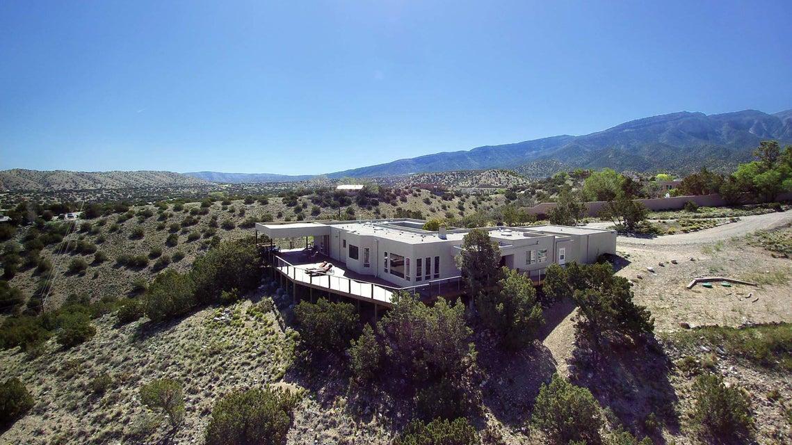63 Sandia,Placitas,New Mexico,United States 87043,3 Bedrooms Bedrooms,2 BathroomsBathrooms,Residential,Sandia,923655