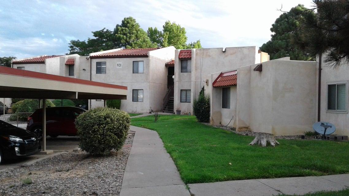 921 SE Country Club Drive, Rio Rancho, New Mexico