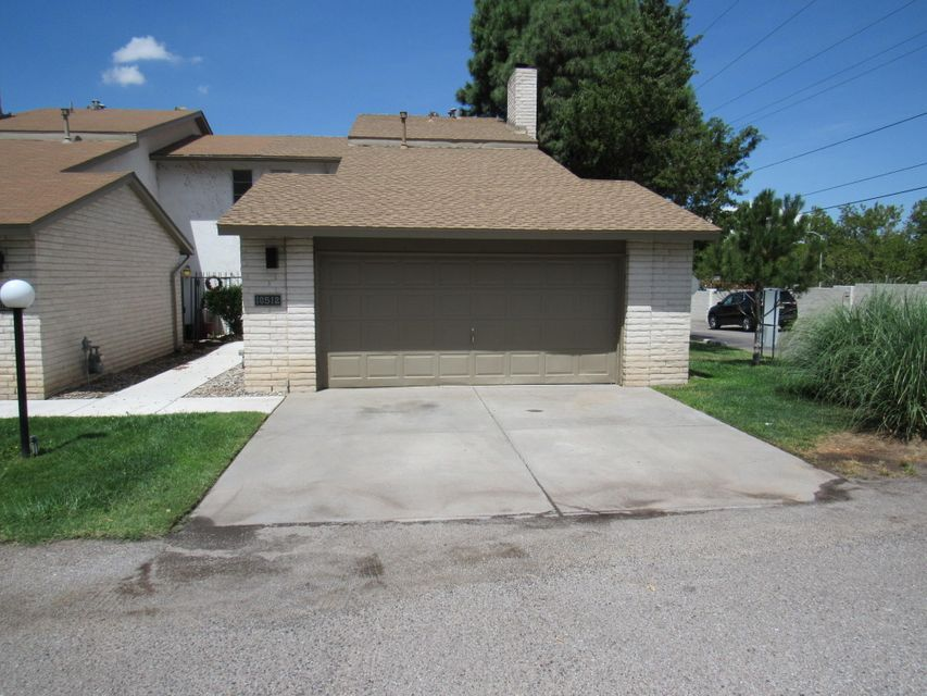 10512 NE Montgomery Boulevard, Albuquerque Northeast Heights in Bernalillo County, NM 87111 Home for Sale