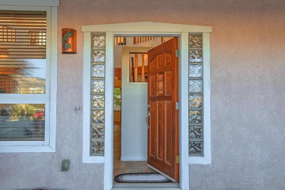 2625 NE Campeche Road, Rio Rancho, New Mexico