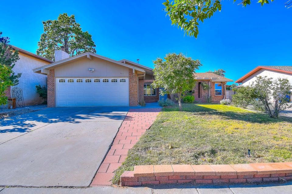 5616 NW Calle Quieta, Northwest Albuquerque and Northwest Heights, New Mexico