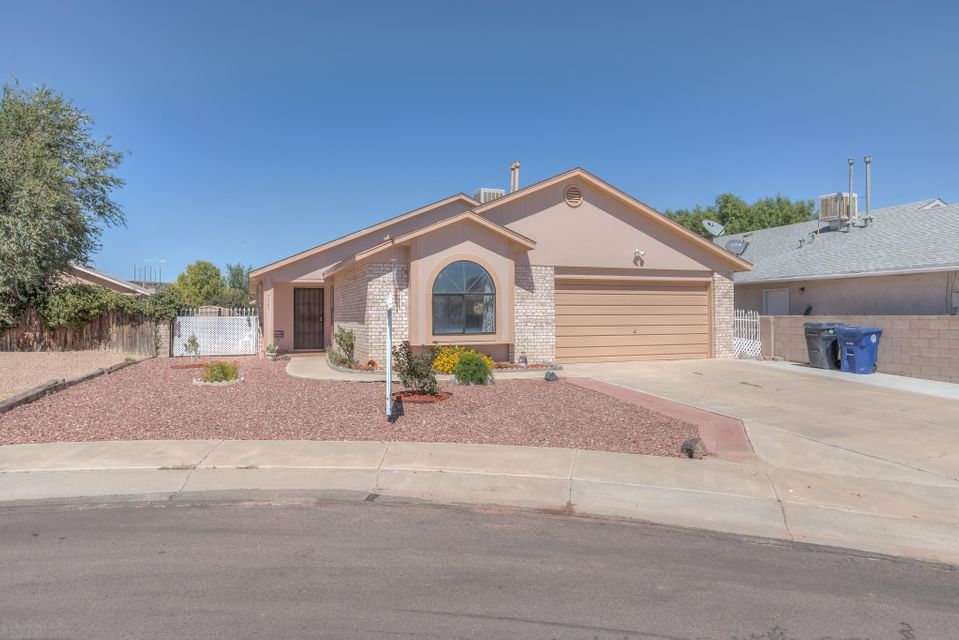 Northwest Albuquerque and Northwest Heights Homes for Sale -  Cul De Sac,  7705 NW Santa Catarina Court