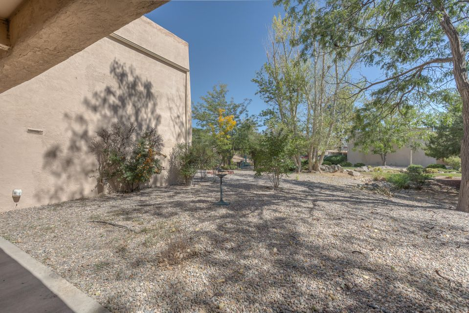 4717 NW Country Club Lane, Northwest Albuquerque and Northwest Heights, New Mexico