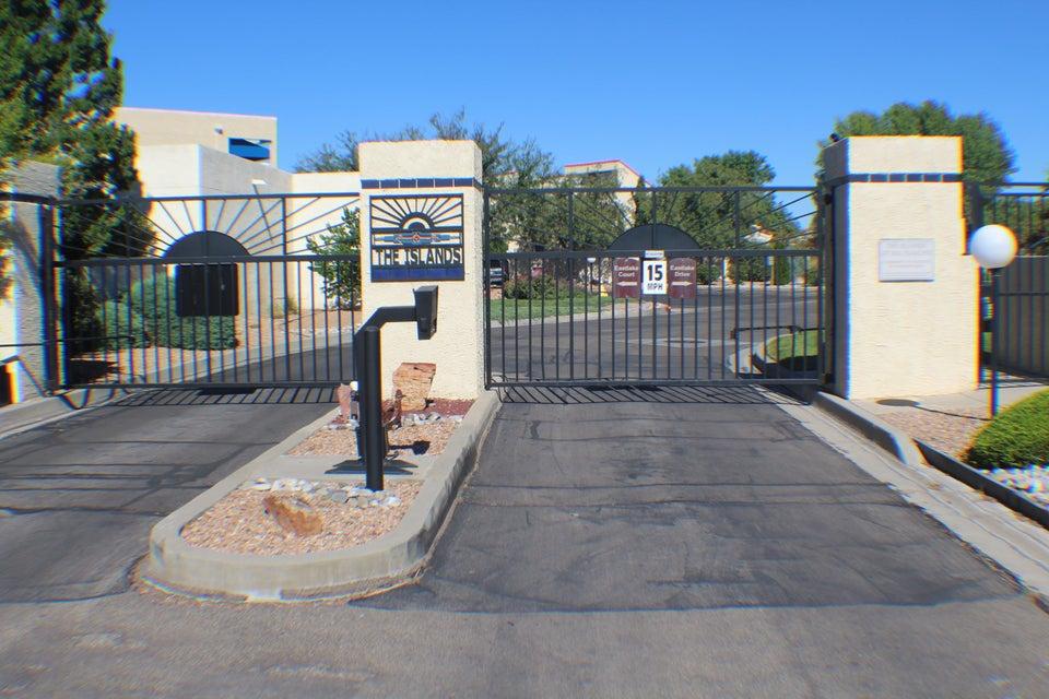 591 SE Eastlake Drive, Rio Rancho, New Mexico