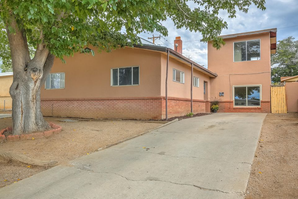 1428 NE Tomasita Street, Albuquerque Northeast Heights, New Mexico