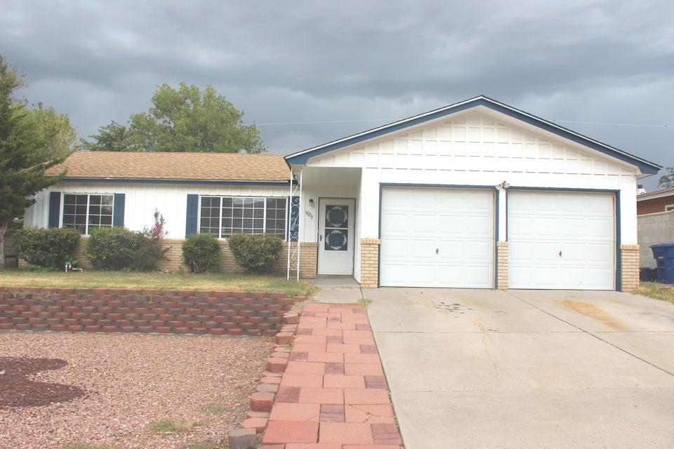 10217  Santa Paula Avenue, Albuquerque Northeast Heights, New Mexico