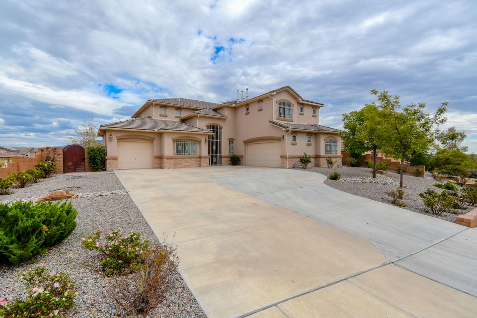 1104 NE Coyote Bush Road, Rio Rancho, New Mexico