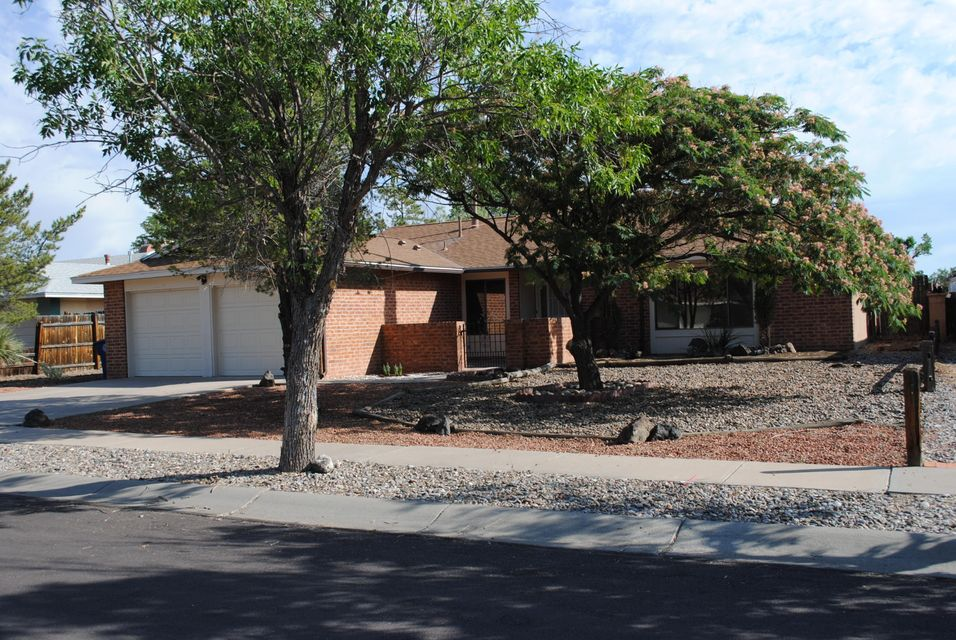 7213 NW Relampago Street, Northwest Albuquerque and Northwest Heights, New Mexico