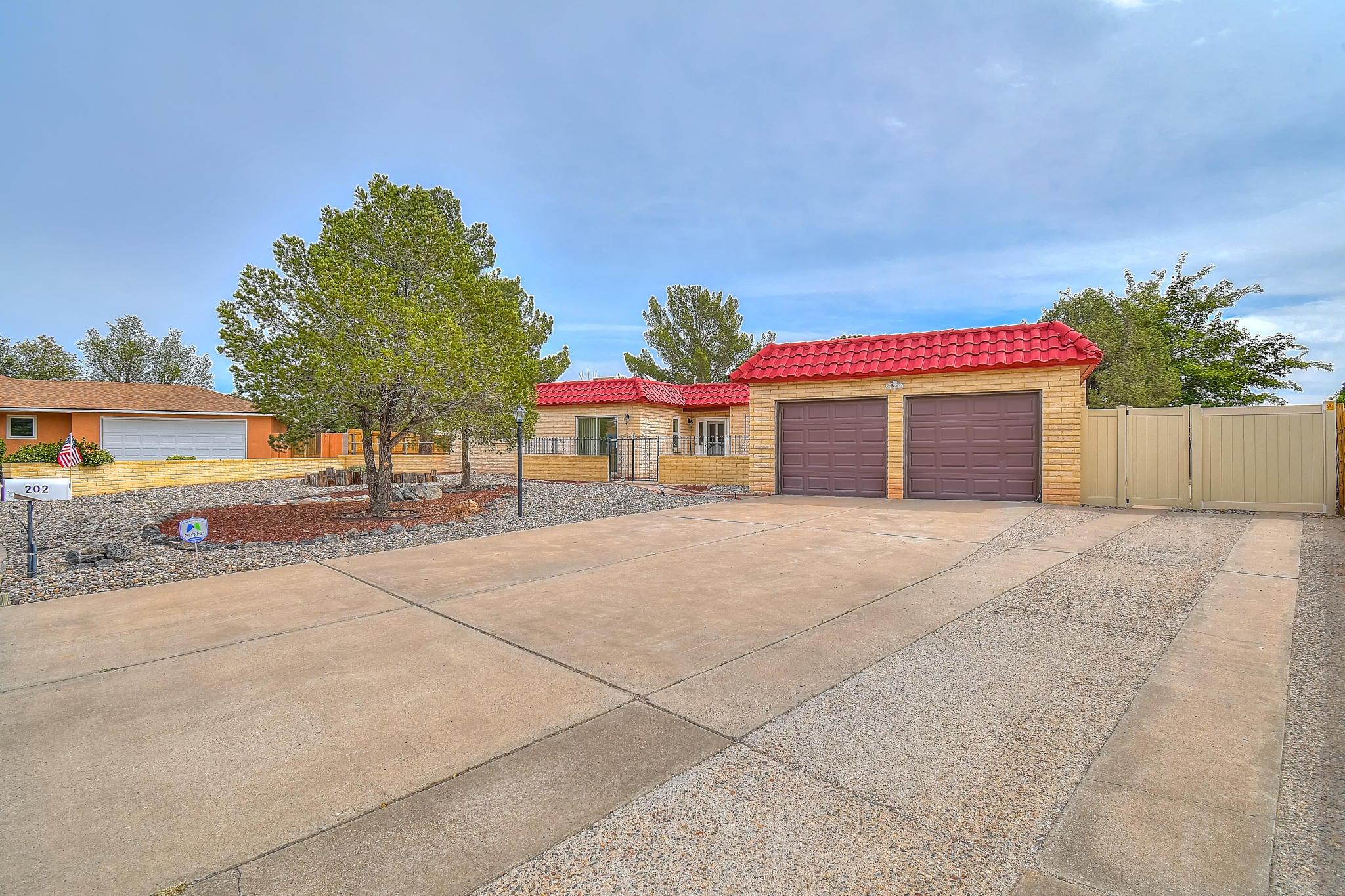 202 SE Cabeza Negra Court, Rio Rancho in Sandoval County, NM 87124 Home for Sale