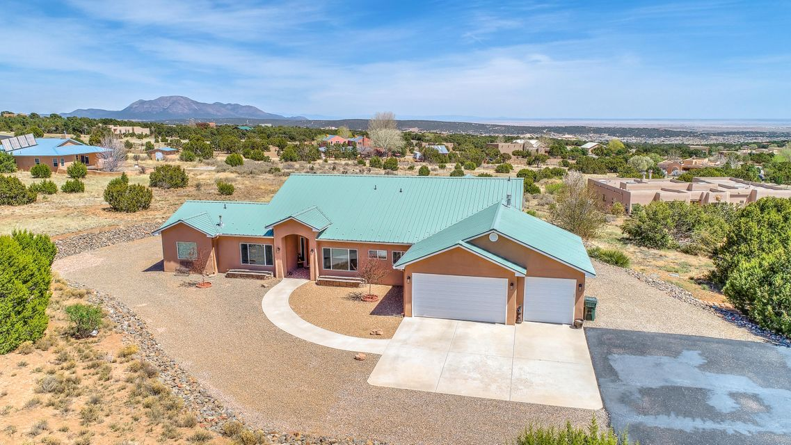25  Lauren Taylor Court, Albuquerque East Mountain, New Mexico