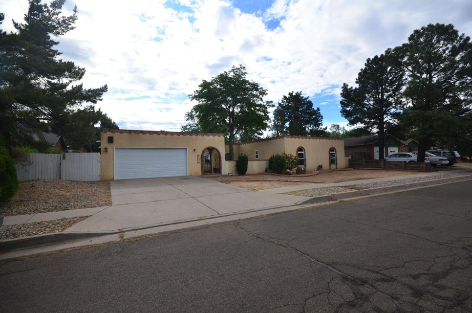 1606 NE Figueroa Drive, Albuquerque Northeast Heights, New Mexico