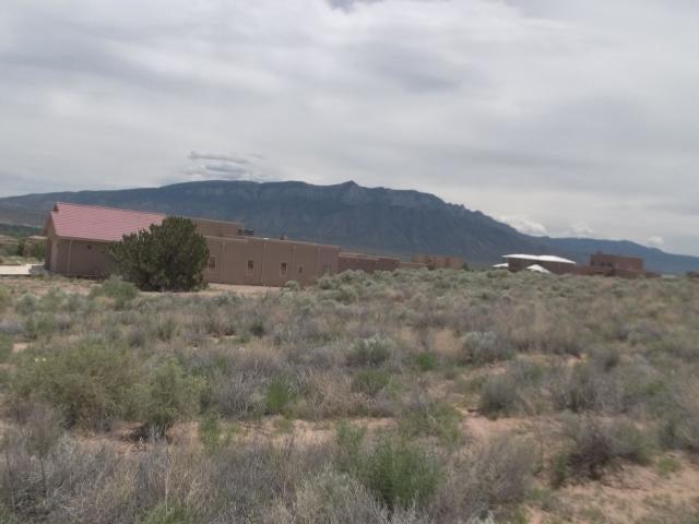 6712 Vatapa Road NE, Rio Rancho, New Mexico