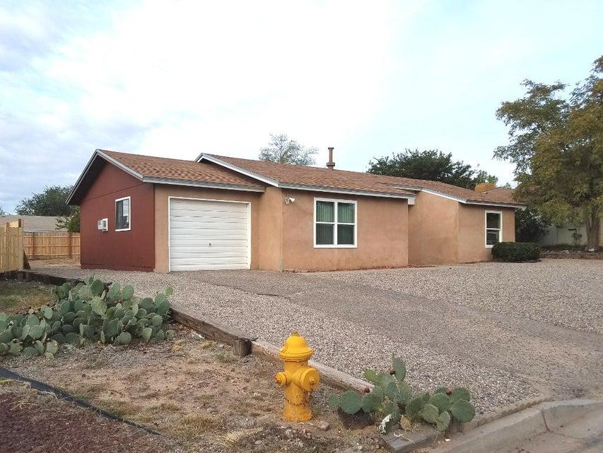 1800 SE Celina Road, Rio Rancho, New Mexico