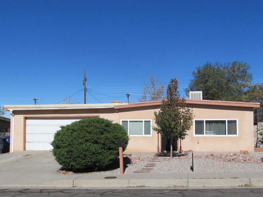 11731 NE Fox Point Avenue, Albuquerque Northeast Heights in Bernalillo County, NM 87112 Home for Sale