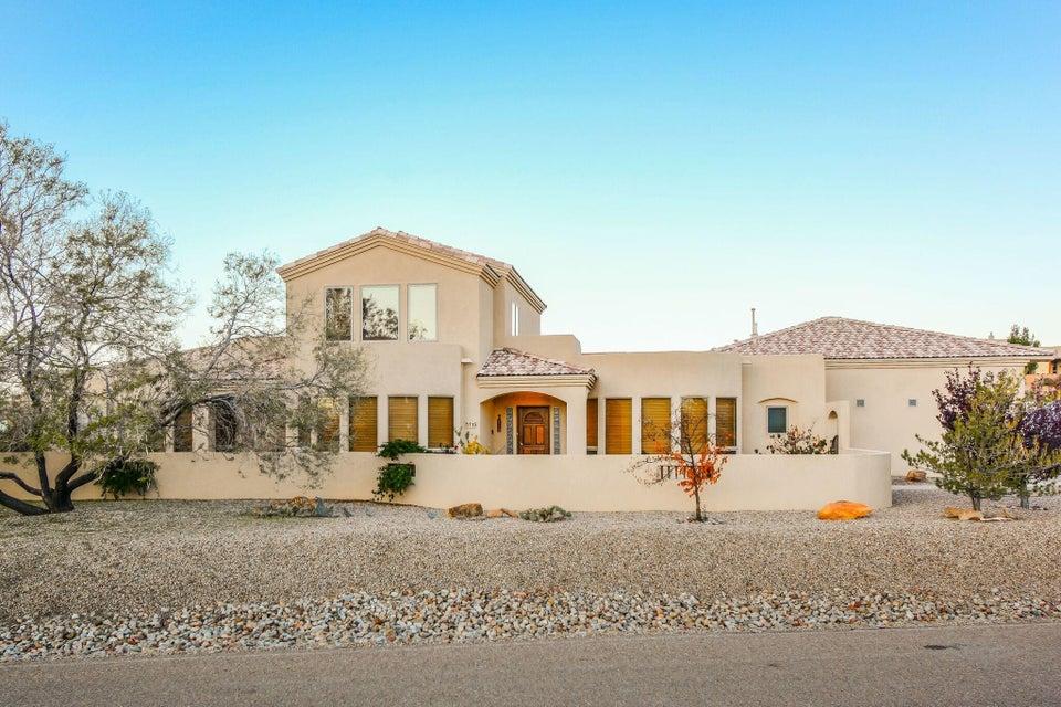 713 NE Talon Court, Rio Rancho, New Mexico