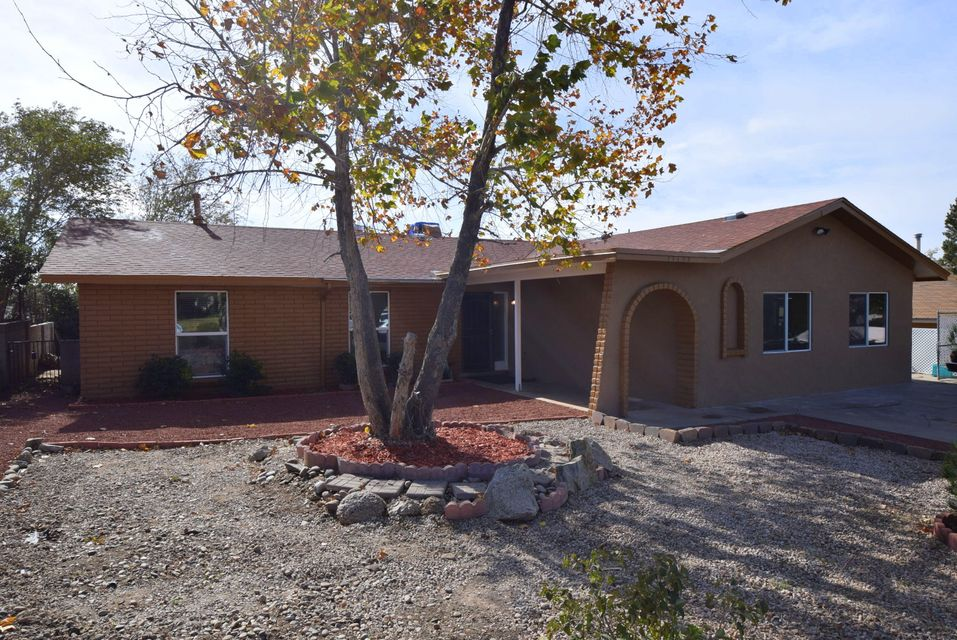 11704 NE Tracy Court, Albuquerque Northeast Heights, New Mexico 3 Bedroom as one of Homes & Land Real Estate