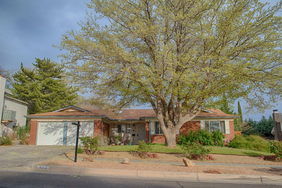 3416 NE Chelwood Road, Albuquerque Northeast Heights in Bernalillo County, NM 87111 Home for Sale