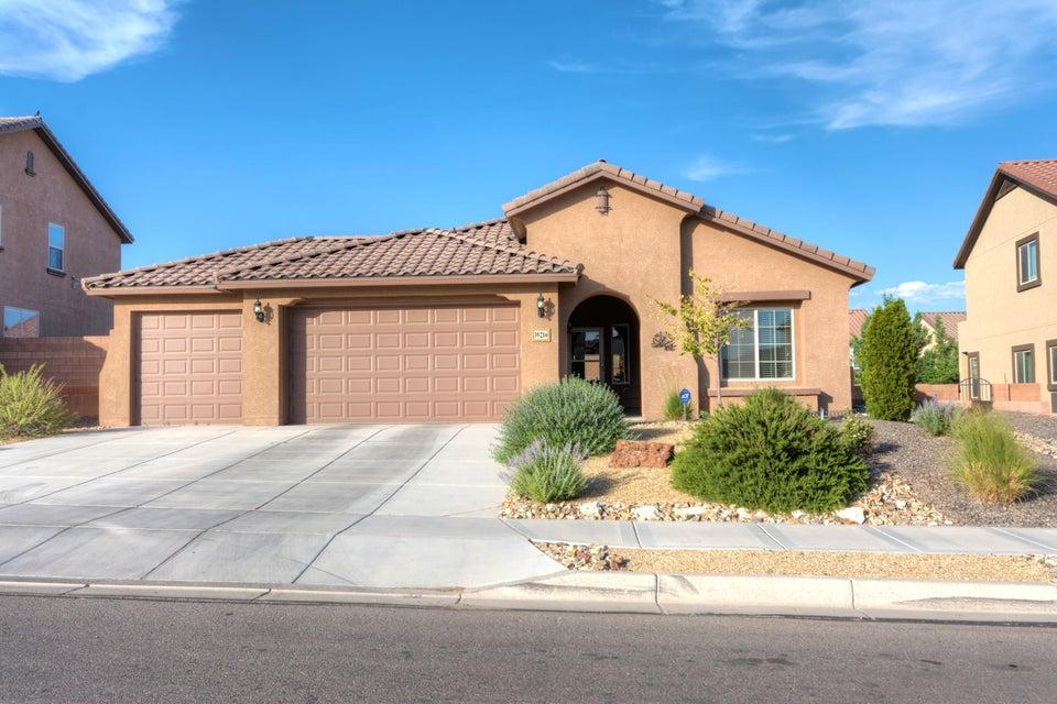 3921 NE Las Colinas Avenue, Rio Rancho, New Mexico