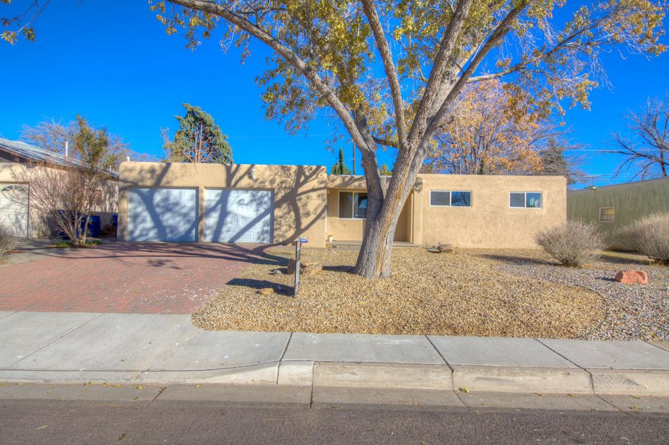 3428 NE Parsifal Street, Albuquerque Northeast Heights in Bernalillo County, NM 87111 Home for Sale