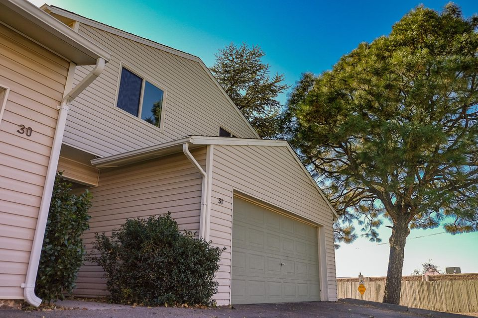 31  Westlake Drive, Albuquerque Northeast Heights in Bernalillo County, NM 87112 Home for Sale