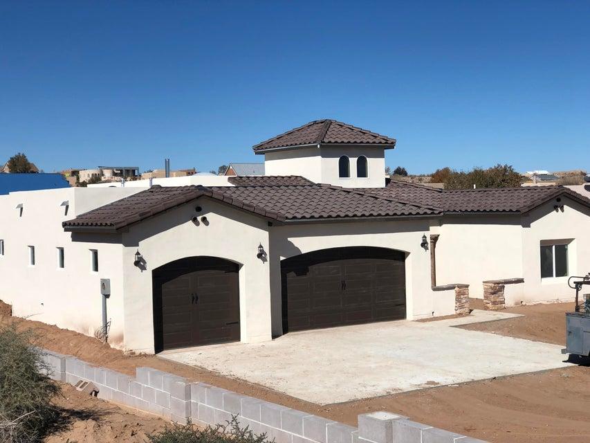 513 NE Monterrey Road, Rio Rancho, New Mexico