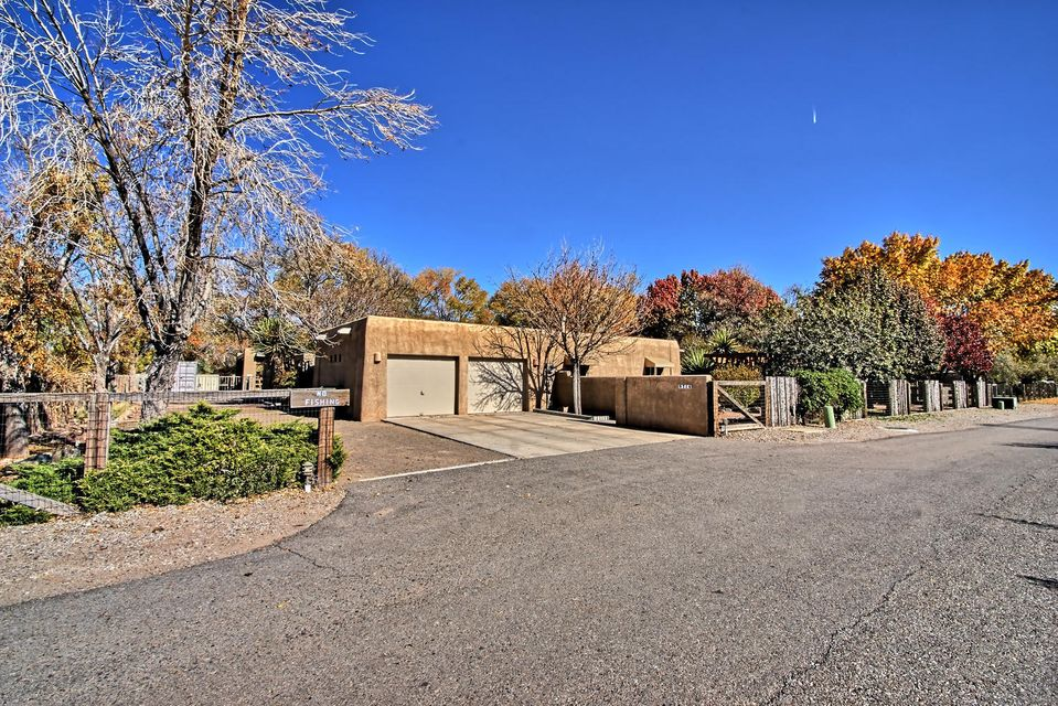 933 COMMONS NORTH LANE, ALBUQUERQUE, NM 87114