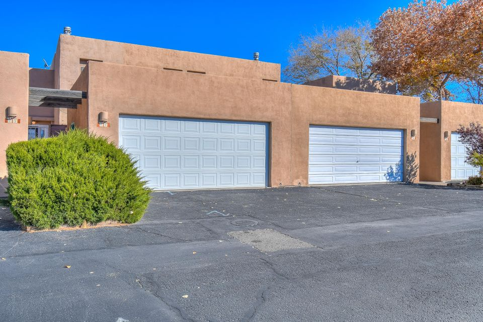 2700 NW Vista Grande Drive, Northwest Albuquerque and Northwest Heights, New Mexico