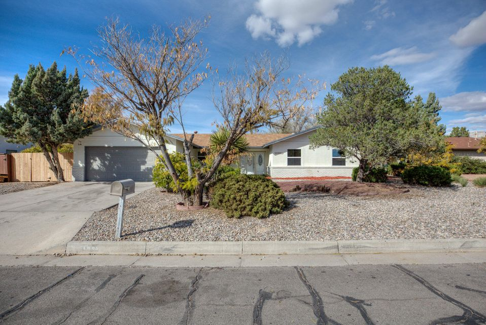 One of Rio Rancho 3 Bedroom Homes for Sale at 4005 SE Torrey Pines Road