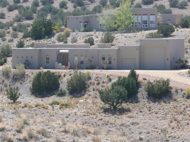 1 COYOTE ROAD, PLACITAS, NM 87043