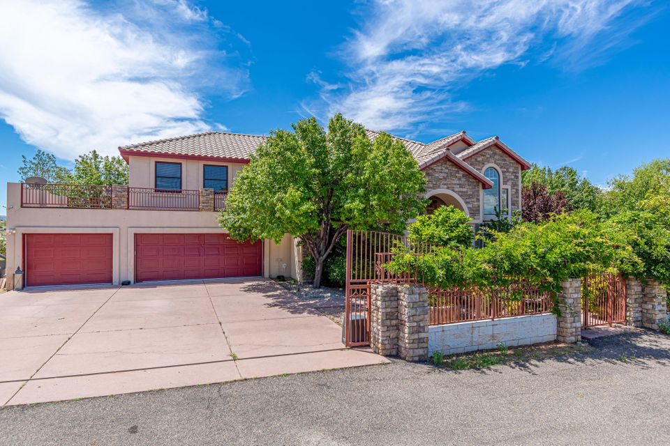 11610 HOLLY AVENUE NE, ALBUQUERQUE, NM 87122