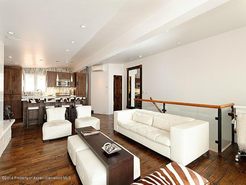 805 Cooper Aspen,Colorado 81611,2 Bedrooms Bedrooms,3 BathroomsBathrooms,Residential Rentals,Cooper,133166