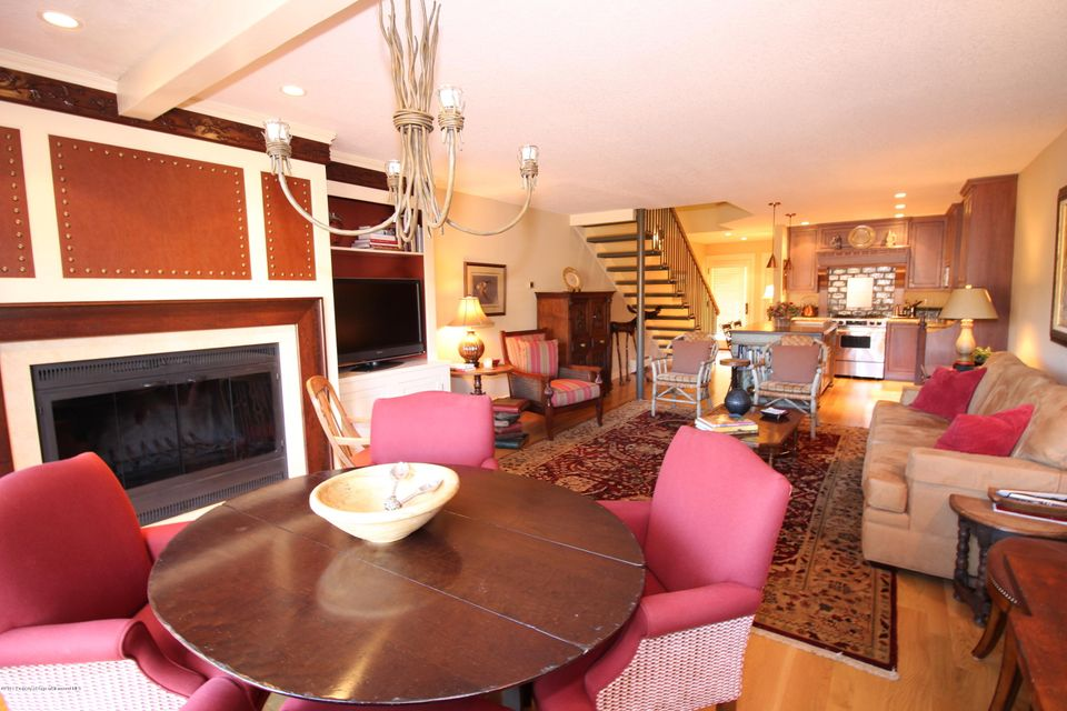 115 Harleston Green Road,Snowmass Village,Colorado 81615,2 Bedrooms Bedrooms,3 BathroomsBathrooms,Residential Rentals,Harleston Green,134164