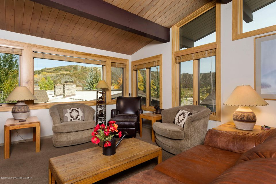 600 Carriage Way J-17, Snowmass Village, CO 81615