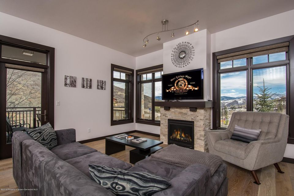 60 Carriage Unit 3032, Snowmass Village, CO 81615