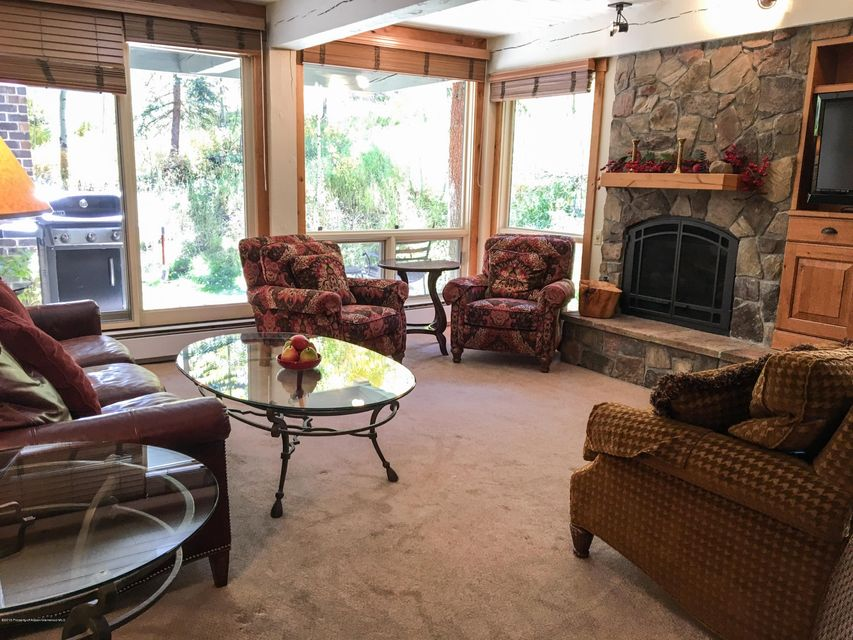 855 Carriage Way-Summit 106, Summit 106 - Snowmass Village, Colorado