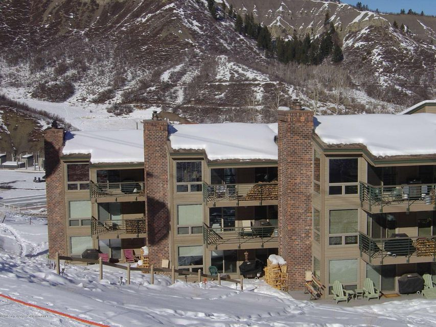Ski-in/Ski-out top floor corner southwest-facing three bedroom unit in the Enclave with access to both Assay and Fanny Hills, great views, spacious living area and woodburning fireplace.The Enclave is on the slopes and adjacent to both Base Village and Viceroy Hotel.  Snowmass Lodging is on site for management and rental, this unit is prime for a vacation retreat or rental income potential. Amenities include assigned covered parking, pool, workout room, hot-tub, elevators and free shuttle.